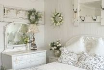 cottage chic......I had to! / by Cris Eddy