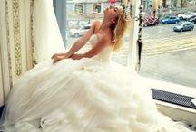 Wedding Dresses I like / by Monique Chilelli