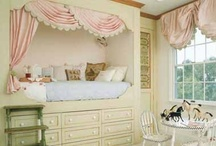 DESIGN- Kids Rooms / by Michelle Yeary Crawford