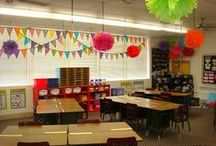 Classroom organization and ideas / A collection of organization, decoration, and management ideas for my elementary classroom.