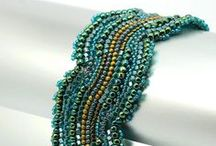 Bead tutorials / In this board you can fin bead tutorials that I found specially beautiful or useful.