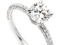Jewelry Junkie / by Gail Fattori