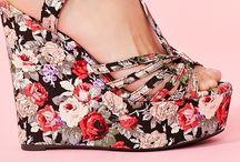 Shoegasm! / by Lacey Yarish