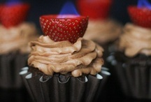 cupcakes / designs and recipes / by Brittany Greenwood