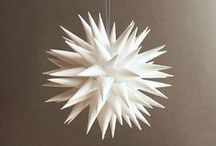 Christmas Decor / Modern holiday decor, minimalist christmas, christmas decor, black christmas, white christmas, modern christmas, modern, geometric christmas