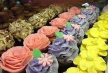 Cupcakes / Variety of beautifully decorated cupcakes at Sweet Themes Bakery