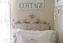 COTTAGE / COTTAGE STYLE DECOR AND DISPLAY