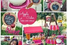 Apple Cider Stand Inspiration / by Lynlee's