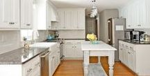 Cabinet Makeovers / Get rid of old cabinets with cabinet makeovers. Kitchen makeover tips, tricks, and the best tools for your DIY cabinet projects!