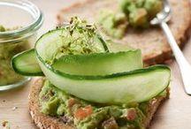Fit & Vital Kreationen | Fit & Vital creations / Gesundheit und Fitness beginnt mit der Ernährung. Die feinen Zutaten in unseren LIEKEN URKORN Fit & Vital Broten sind eine gute Basis für eine ausgewogene und bewusste Ernährung. Gesund & sehr lecker!