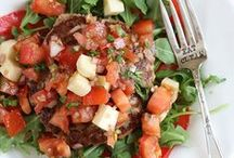 Healthy Recipes To Try / by Katie Hulet