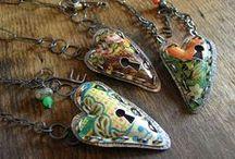 DIY Crafts { Jewelry } / by Charmios