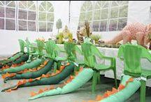 Dinosaur Party / www.Charmios.com