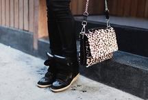 MACA Loves Handbags