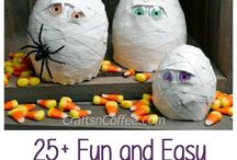 Halloween Recipes, Crafts, Printables, and Decor / All things Halloween.  Décor, recipes, crafts, and more.