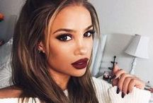 BEAUTY / Find all the hottest Make-Up Trends here!