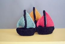 Nautical Knits / Lots of nautical knitting patterns and some lovely spring/summer inspiration!
