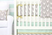 Woodland Nursery Inspiration / The woodland nursery trend is soaring in nursery design right now! Here you'll find ideas to perfectly create your own woodland themed nursery.