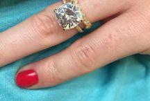 Engagement Rings / Engagement Rings  / by Annabel Ashton