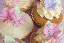 Cupcakes / by Miss Donna