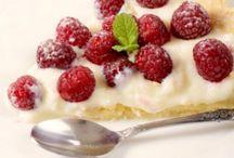 Foodie (GF) Sweets / Gluten-free treats / by Deborah Kratz