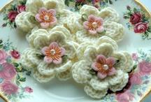 crochet flowers  / by Eunice Luscombe