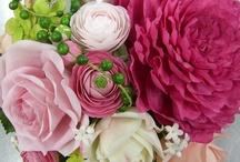 Sugar Flowers etc. / Flowers, edible art / by Diana Zamora