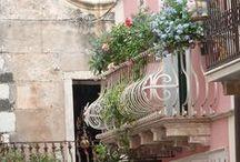 Balcony Gardens / by Annelie Roux