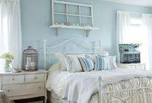 Teen bedroom / by Kristi Hallahan Svec