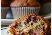 Muffins | Loaves / Muffins and sweet bread loaves that are sure to please the whole family!