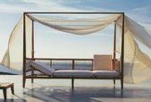Outdoor Furniture / Furniture we love.