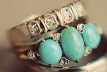 Jewelry Extraordinaire