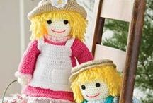 Crochet Dolls and Toys / Crochet doll and doll clothes patterns and toys to crochet. How to crochet a doll. Stuffed toys to crochet. Patterns for crocheting toys and dolls. Doll and toys crochet patterns.