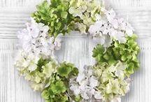 Floral, Paper and Ribbon Crafts / Floral Arrangements, silk flower crafts, floral decorations. Making floral crafts, paper crafts and ideas for decorating. Ribbon craft ideas including embroidery and more.