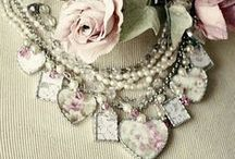 Bling / Romantic, ultra feminine, accessories that sparkle / by Girl in Pink