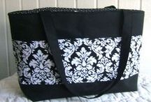 Sewing: Bags, Purses, and Totes / by Brandie Boulter