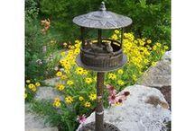 Garden Bird House / http://dabbiesgardenideas.com