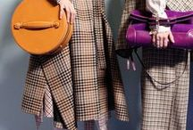 Mulberry Winter '17 / Details, products and inspiration from our Autumn Winter '17 London Fashion Week catwalk highlights.