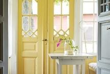 Love old doors & windows / by Barbara Smith
