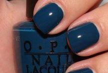 nail polisshhhh / by Maddie Troy