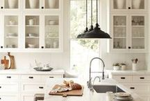 Shaker kitchen / by Townmouse