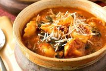 { Soup - Simple Dinner Recipes } / Simple Dinner Recipes: Soups (http://www.alifeinbalance.net) / by Barb Hoyer: A Life in Balance