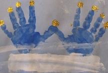 Seasonal: December / December preschool activities Holiday, Hanukkah, Christmas