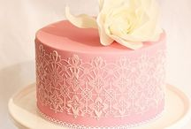Lovely Cakes / by Carolyn Klassen