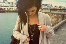 Clothes & Jewelery