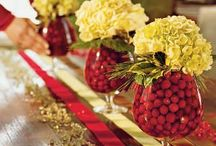 Tablescapes / Tablescape placing, centerpieces and place cards