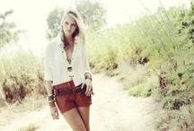 What Should I Wear to My Photo Shoot / by Crystaline Kline Randazzo