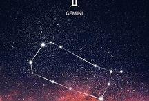 Astrologie / Dit bord is mijn verzameling als astroloog. Alles wat ik mooi, bijzonder, interessant of leerzaam vind over deze boeiende materie, vind je hier. Alle sterrenbeelden neem ik hierin mee.