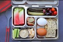 PlanetBox | Rover Meals / The PlanetBox Rover is designed for those who prefer to sample a wide variety of foods with smaller serving sizes. The Rover holds nearly 4.5 cups of food, which happily satisfies many customers, including both adults and children.