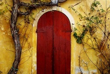 Doors to Somewhere / by Janet Davis